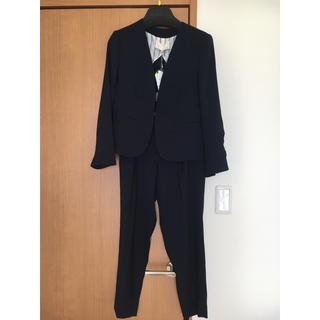 ジユウク(自由区)のパンツスーツ(スーツ)