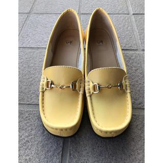 イング(ing)の【未使用】ing 靴 レディース イエロー 黄色(ローファー/革靴)