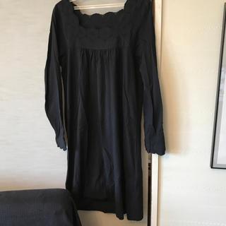 ムジルシリョウヒン(MUJI (無印良品))の綿 黒 ワンピース(ひざ丈ワンピース)