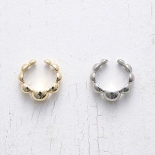アッシュペーフランス(H.P.FRANCE)のGWセール!soierie earcuff silver(イヤーカフ)
