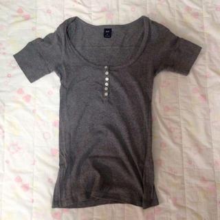 ギャップ(GAP)のGAP Tシャツ(シャツ/ブラウス(半袖/袖なし))