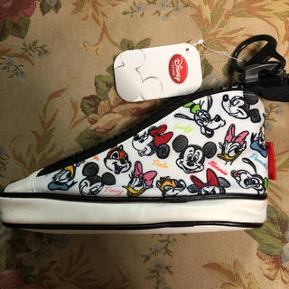 ディズニー 靴型ペンケース 新品