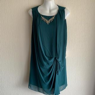 スコットクラブ(SCOT CLUB)の新品タグ付き✳メトリーゼ ネックレス付き ワンピース ドレス  定価23000円(ひざ丈ワンピース)