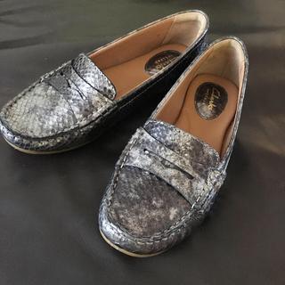 クラークス(Clarks)のクラークス   ローファー  シルバーメタリック(ローファー/革靴)