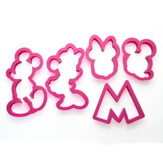 ディズニー(Disney)の【新品♡未使用】ミッキー&ミニー♡クッキー型 ディズニー(調理道具/製菓道具)