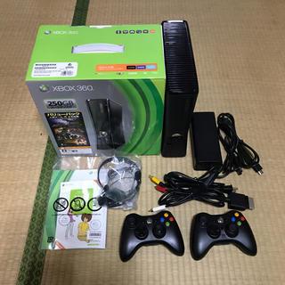 エックスボックス360(Xbox360)のXBOX 360 本体 ソフトセット(家庭用ゲーム本体)