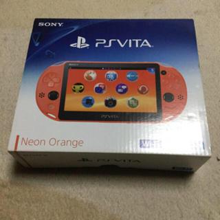 プレイステーションヴィータ(PlayStation Vita)の美品 PSVITA 本体Wi-Fi ネオン・オレンジ(PCH-2000ZA24)(携帯用ゲーム本体)