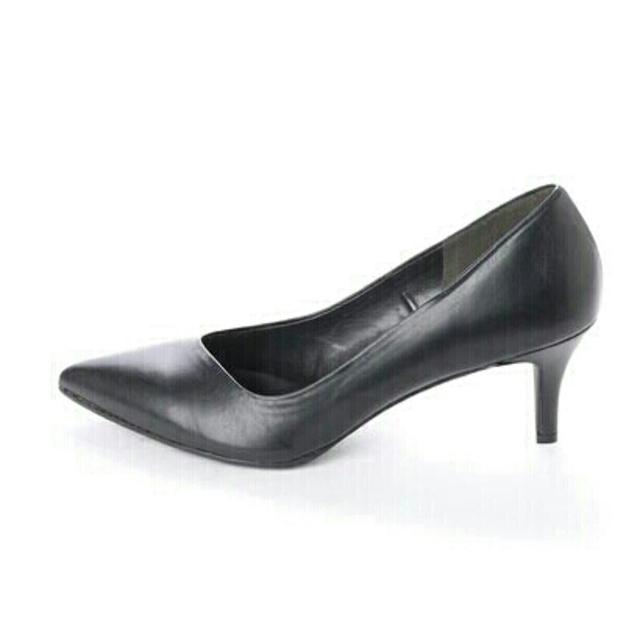 vanitybeauty(バニティービューティー)のvanitybeauty アシンメトリーパンプス レディースの靴/シューズ(ハイヒール/パンプス)の商品写真
