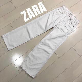 ザラ(ZARA)の美品 ZARA ハイウェスト ワイドデニム 白 (バギーパンツ)