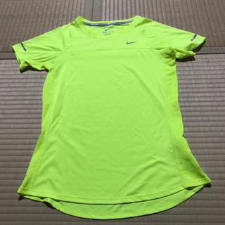 ナイキ(NIKE)の美品 NIKE 半袖TシャツS レディース ナイキ ランニング ヨガプーマ(ヨガ)