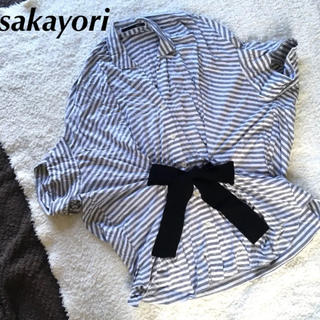 サカヨリ(sakayori)のサカヨリ*リボンシャツ(シャツ/ブラウス(半袖/袖なし))