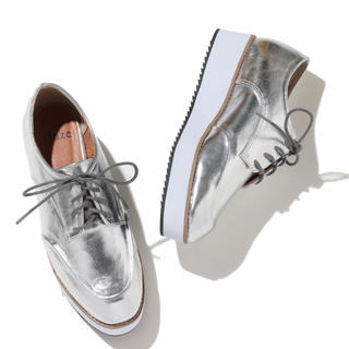ジュゼ(Juze)のJUZE ジュゼ レースアップシューズ トレンド シルバー(ローファー/革靴)