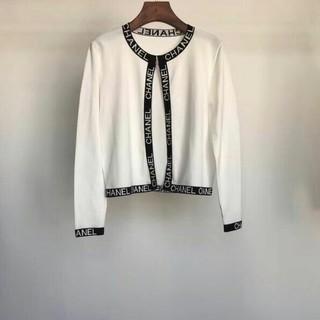 グッチ(Gucci)のCHANEL ニットコート 長袖 女(ニットコート)