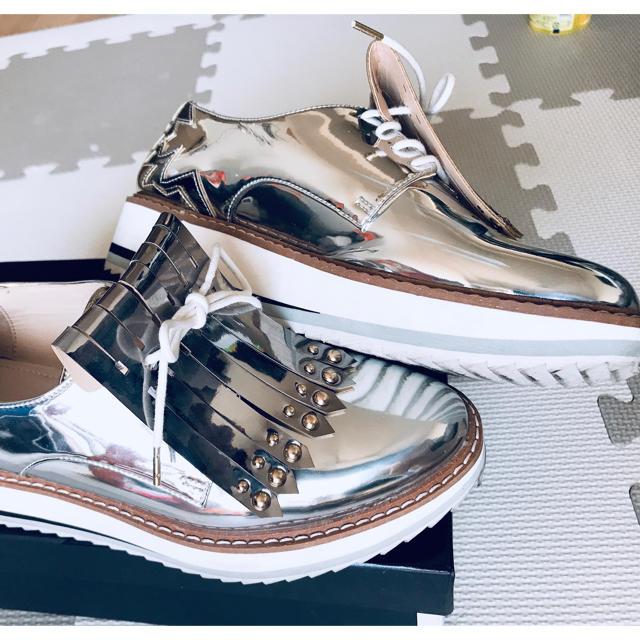 ZARA(ザラ)のZARA★シルバーシューズ レディースの靴/シューズ(スニーカー)の商品写真