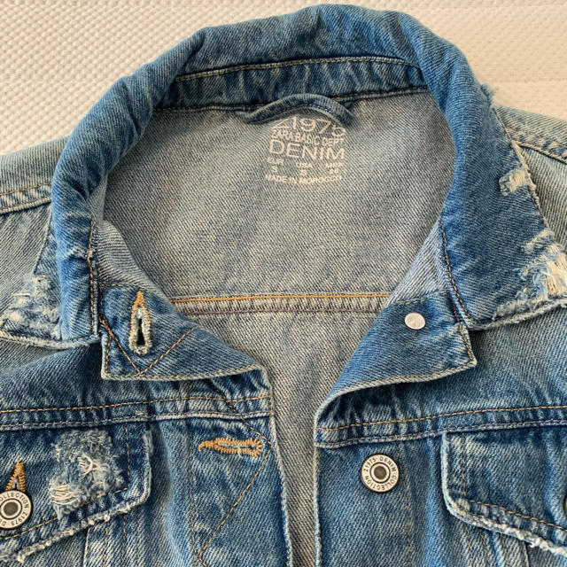 ZARA(ザラ)のZARA デニムジャケット レディースのジャケット/アウター(Gジャン/デニムジャケット)の商品写真