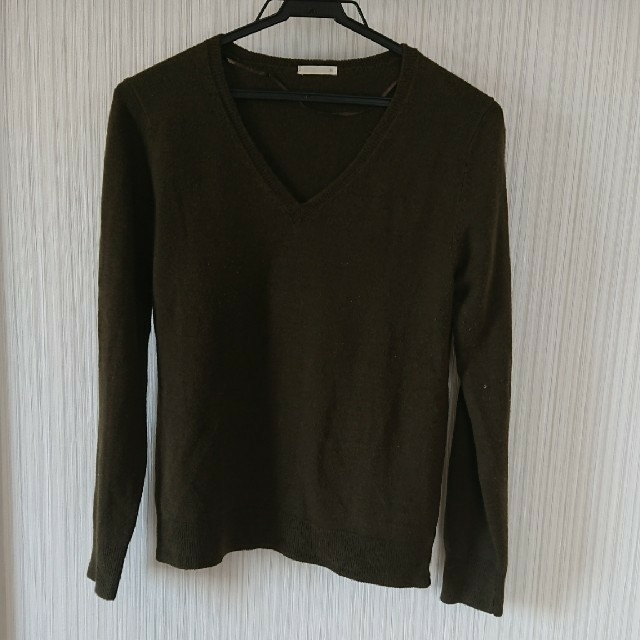 GU(ジーユー)のカシミヤタッチ  Vネック  セーター レディースのトップス(ニット/セーター)の商品写真