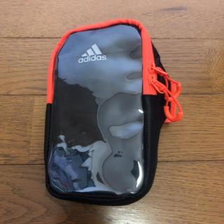 アディダス(adidas)の即決 adidas アディダス アームバンド(その他)