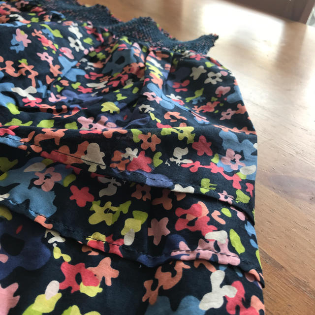 西松屋(ニシマツヤ)の新品160チェロキーSKラブリーな柄でレギンス上にも好相性 キッズ/ベビー/マタニティのキッズ服 女の子用(90cm~)(スカート)の商品写真