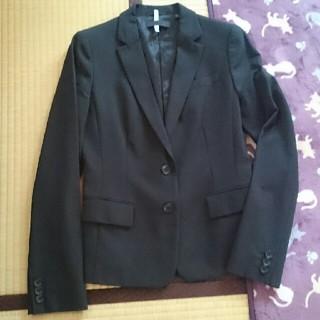 ユニクロ(UNIQLO)のユニクロ ジャケット パンツスーツ セットアップ ブラック Mサイズ(スーツ)