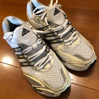 アディダス(adidas)のadidas アディダス 運動靴 スポーツシューズ 美品(シューズ)