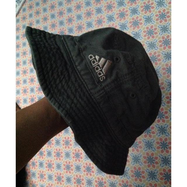adidas(アディダス)のアディダス 帽子 レディースの帽子(ハット)の商品写真