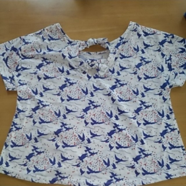 GU(ジーユー)のGUバックリボンカットソー レディースのトップス(カットソー(半袖/袖なし))の商品写真