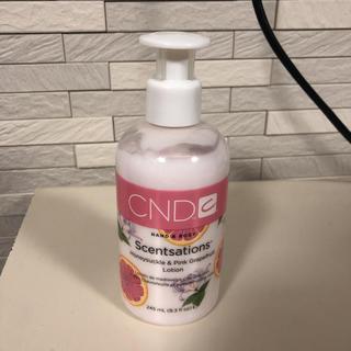 シーエヌディー(CND)のCNDセンセーション ハンド&ボディローション美品(ボディローション/ミルク)