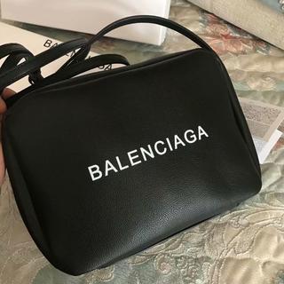 バレンシアガ(Balenciaga)の极美品   バレンシアガのカバン(メッセンジャーバッグ)