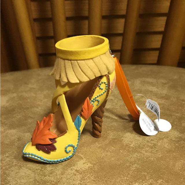 Disney(ディズニー)の新品 ディズニー オーナメント ポカホンタス エンタメ/ホビーのおもちゃ/ぬいぐるみ(キャラクターグッズ)の商品写真