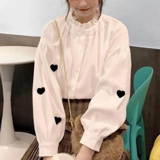 ハニーミーハニー(Honey mi Honey)の♥ frill neck heart shirt . / white(シャツ/ブラウス(長袖/七分))