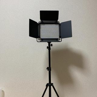 {照明}調光可能な二色660ライト LEDビデオライト+ライトスタンド(ストロボ/照明)
