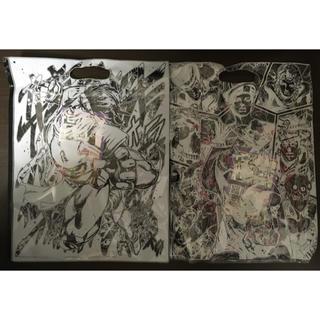 バンダイ(BANDAI)のジョジョ 擬音総柄 ピンク色 & オラオラボーダー ブラック色 Mサイズ セット(Tシャツ/カットソー(半袖/袖なし))