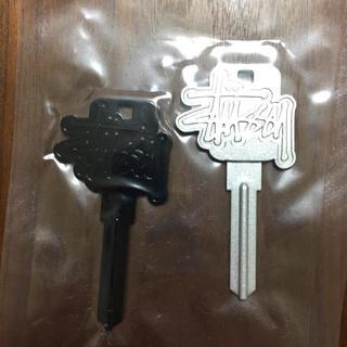 ステューシー(STUSSY)の新品 STUSSY ステューシー ロゴ 鍵 ノベルティー 非売品 セット(ノベルティグッズ)