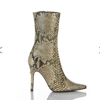 イエローブーツ(Yellow boots)のYELLO KAA SHORT Lサイズ(ブーツ)
