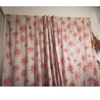 ベルメゾン(ベルメゾン)のアンティーク調 花柄カーテン 100×135×2枚(カーテン)