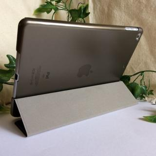 薄型軽量 iPad第6世代/第5世代/Air ブラック スマートケース(iPadケース)