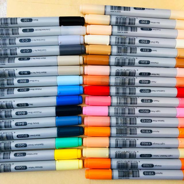 TOOLS(ツゥールズ)のCOPIC ciao 30本 エンタメ/ホビーのアート用品(カラーペン/コピック)の商品写真