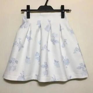 ティティアンドコー(titty&co)のフラワー 花柄 スカート(ミニスカート)