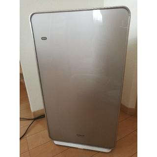 ヒタチ(日立)の日立 加湿空気清浄機  ステンレス・クリーン クリエア EP-KVG900(空気清浄器)