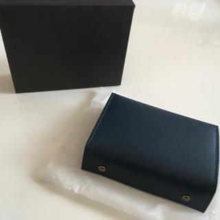 7a62baa550c6 エムピウ(m+)のエムピウ ブルー チョコ P25 ミッレフォッリエ (折り財布)