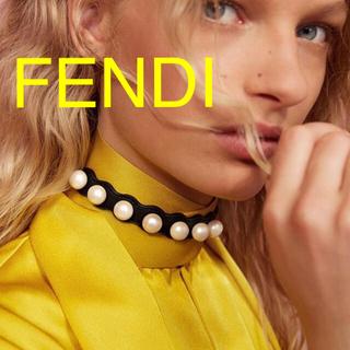 フェンディ(FENDI)の美品 Fendi パールチョーカー 専用 1/2(ネックレス)