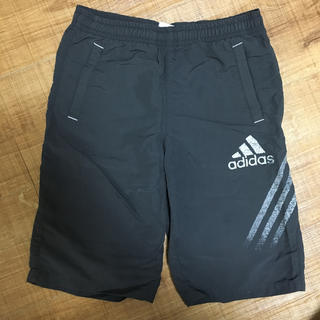 アディダス(adidas)のアディダス キッズ ハーフパンツ 130(パンツ/スパッツ)