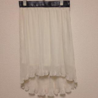 ジーユー(GU)の白 プリーツマーメイドスカート 送料込み(ひざ丈スカート)