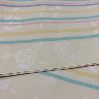 浴衣の帯 白地にカラーストライプ バラの地模様 (浴衣帯)