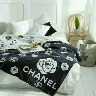 シャネル(CHANEL)の最新の季節の寝具 新しい!毛布(毛布)
