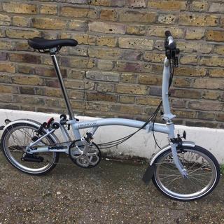 ブロンプトン(BROMPTON)の2018ブロンプトンM6Lグレー 美品です。Brompton 廃盤色最高級モデル(自転車本体)