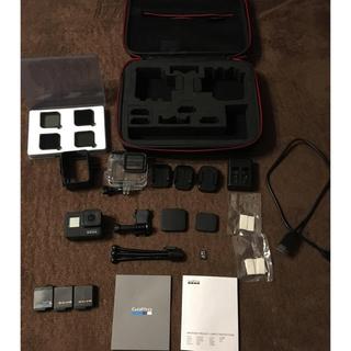 ゴープロ(GoPro)のGoPro hero7 BLACK 付属品付き(ビデオカメラ)
