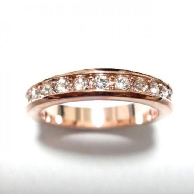 19号 スワロフスキー フルエタニティ ピンクゴールドリング レディースのアクセサリー(リング(指輪))の商品写真