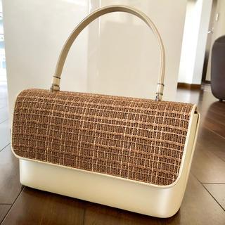 草履の金鷲/牛革と天然素材のハンドバッグ/数回使用美品(和装小物)