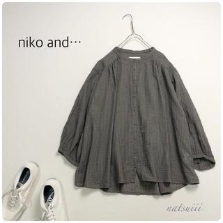 ニコアンド(niko and...)のniko and ニコアンド . チェック バンドカラー ワイド ブラウス(シャツ/ブラウス(長袖/七分))